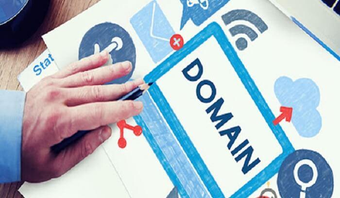 Lựa chọn Domain liên quan