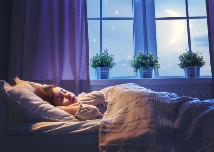 Ngủ sớm và ngủ đủ giấc giúp tăng chiều cao ở tuổi 17